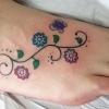 Símbolos para tatuagens femininas nos pés