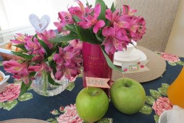 Bodas De Flores E Frutas 4 Anos De Casamento Dicionário De Símbolos