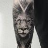 Símbolos para tatuagens no antebraço